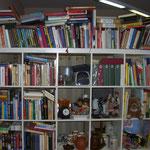 Bücher in Hülle und Fülle, ab 50 cent