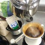 コーヒーを淹れて和みます