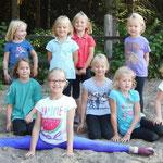 einige der Ferienpass-Kinder mit Lara aus der L-Gruppe