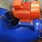 Kaplan-Rohrturbine mit doppelter Regelung