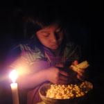 Arbeit bei Kerzenlicht