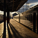 Eine elektrítschka (Regionalzug) im Maskowskij waksál (Moskauer Bahnhof).
