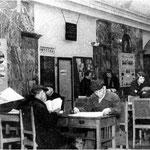 Die Station Kurskaja diente im Zweiten Weltkrieg als Bibliothek (Bildquellen: Wo ich die zwei alten Bilder gefunden habe, weiß ich leider nicht mehr).