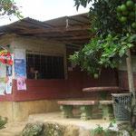 Wirtshausersatz – Mercedes' Pulpería (Greißlerladen) ist der Treffpunkt des Dorfes