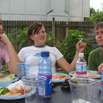 Spaghetti-Dinner am Abend vor dem Rennen (rechts John)