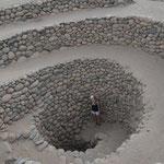 Zugang zu einem Bewässerungskanal der Nazca-Kultur.