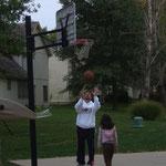 Coach Bo ist ein Kinderfreund.