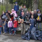 Naturputztag 2012: alle Helfer groß und klein