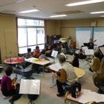 2012年12月18日 幼稚園で演奏会練習中