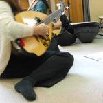 2012年12月18日 幼稚園で演奏会練習中2