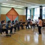 2011年10月11日 幼稚園で演奏会