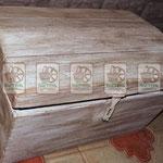 деревянный сундук любых форм  и расцветок. торговое оборудование