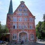 Zeughaus, 1594 Erst Kornspeicher, dann Gestapo Hauptquartier