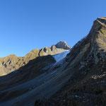 Côté Cenise, montée enneigée pour le Col du Rasoir