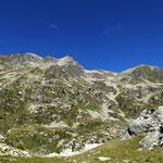 Descente du Grand Mont par la combe de droite (non tracé sur la carte IGN)