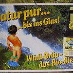 Plakat mit alter Etikette