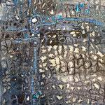 Collage malt vlisofix, plastik og organza, maskinquilting, broderi, hullstruktur med varmluftføner