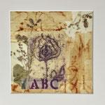 Collage teposer, trykt stoffbit og tørkede blomster, limt og forseglet med bivoks