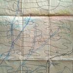 © bakgrunnen ble først tegnet på papir for så å bli brukt som mønster for stoffmalingen