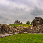 Hore Abbey mit Blick of Rock of Cashel