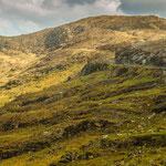 Straße durch die Berge Richtung Killarney