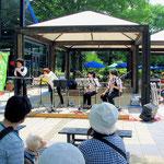 レイクサイド広場でのミニ音楽会