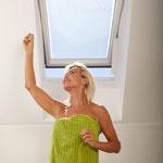 Velux-Dachfenster mit WINFLIP Dach spielend leicht und gezielt öffnen