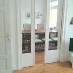 Blick vom Wohnzimmer in das Esszimmer
