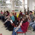 Nachwuchsgesamtprobe 14.11.2015 ::: fleißig werden gemeinsam schwierige Liedstellen geprobt