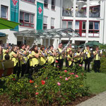 Pößneck, Jubiläum des Volkssolidarität-Pflegeheims & Rosenfest mit Krönung der 31. Rosenkönigin