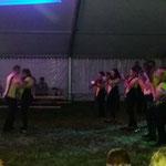 """Gössitz, 10. Festival der Liebe ::: kleine Tradition: Tanzeinlage von Lisa und Marcel zum """"I-Lied"""""""