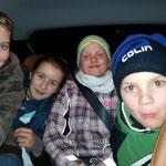 Zu eng? Nich' doch :-) ::: Lena, Hanna, Aimee und Collin