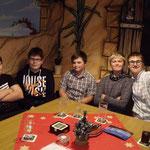 Weihnachtsfeier SMZ AUMA 12.12.2015  :::  Jungstisch mit Daniel, Leon, Nico, Jonas und Max