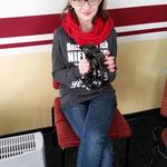 Nachwuchsgesamtprobe ::: 20.02.2016 ::: Gianna heute mal im Schlagwerk am Schellenring