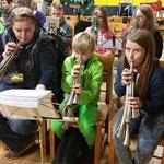 Nachwuchsprobelager in Kretzschau ::: 16. - 18.10.2015 ::: Probestunde bei den Sopranern