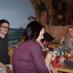 Weihnachtsfeier SMZ AUMA 12.12.2015  :::  Jugendtisch mit Felix, Anika, Laura und Patrick