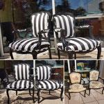 Rayures noir et blanc pour deux fauteuils Louis XV