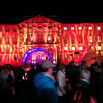 Farbige Lichtspiele verzaubern, in rot