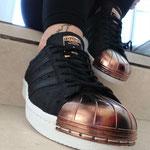 Ich bedanke mich für das neue Paar Sneakers!