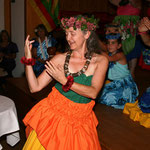 ...und Königinnen von Hawai'i (Ha'a Heo O Hana)...