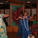 ...und unseren Gastgebern mit ihren Lieblingsliedern gedankt (Kamali'i O Ka Po).