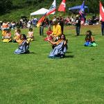 Tänzerinnen und Tänzer Oahu