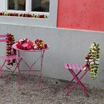 Die Blumen-Lei warten auf den Auftritt