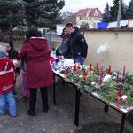 Hort verkauft Weihnachtsdekoration