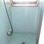 シャワールーム これをトイレに変更します。