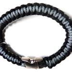 grau-schwarz mit mattem Metallklickverschluß