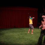 Spass haben im Zirkuszelt
