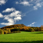 Die Milseburg in der Rhön in Herbstfarben