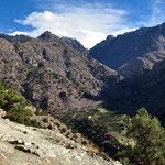 """Schon zu sehen, unsere nächste Unterkunft """" Refugue Azib Tamsoult """" 2250 m."""