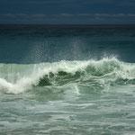 Wellenbrecher an der Petite Anse, La Digue , Seychellen ,